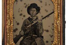 History : Civil War : Confederate Soldiers / by Jeni Morgan