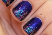 Glitter Nails / by Glitter Girls