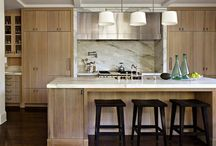 Kitchens and Dining Rooms / by Adrienne Chu
