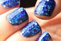 nails / by Mara Gutierrez