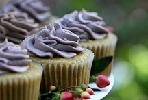 Cupcakes / by Kayleigh Zinkham