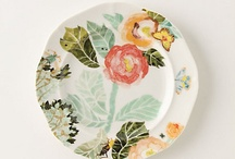 Plate Wall / Trying to give myself an idea of the types of plates to look for for my plate wall! / by Carolyn Steele
