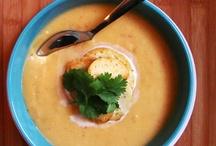 Soups / by Shannon Panisko