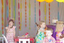 Party Ideas / by Melanie Kitchen