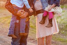 Family photo ideas / by Emily Riemer