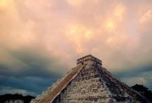 Pirámides de México / by Manuel De Hoyos