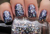 fingernail designs / by Ariana Lackey