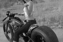 Bikes i like  / by Hunter Diskin