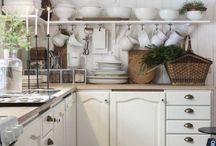 Kitchen / by Barbara Decrease