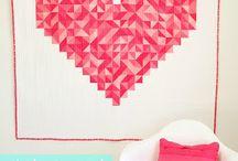 Crafty Blogs / by Camilla Stockalper