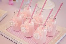 Table Art&Creative Table Toppers / Creative tablescapes for parties and guests / by Pinar Gencal