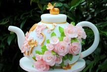 Teapot Cakes - We Love These!  / by Cake Decorating