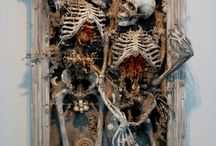 hall of horrors / scary, creepy and macabre things... / by Rachel Suntop