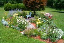 Gardening Inspiration / by Helen Grainger