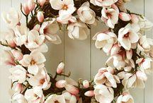 Floral arrangements / by Susan Schmarkey