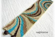 Peyote bracelets based on my patterns / by Viktoria Szabo