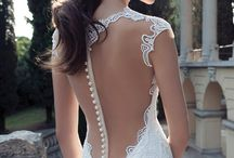 Gorgeous Wedding Dresses / by Christy Roux