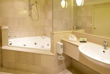 Home Reno Ideas / dreaming about renovating our house, bathroom, laundry, outside area / by Teena Murphy