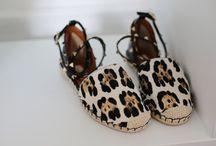Zapatos / by Guadii Ramos pidal