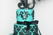 Fancy Schmantzy Cakes / by Mary Garwood