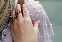 A. ropa + accesorios / by Carolina Dias