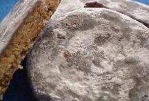 Cookies, bars, & rice krispie treats / by Kristin Meisel
