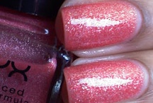 nails!!  / by Jenell Crough