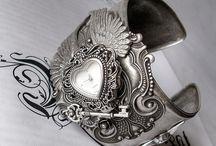 Aranwen's Victorian Gothic Jewelry Wishlist / by Dana Rodriguez