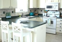 Kitchen / The heart of the home and where the dogs spend most of there time! / by Marty Hill