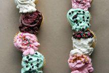 Cupcakes n more / by Micah