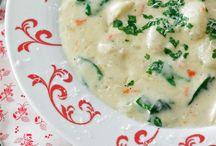 Soups & Salads / by Elizabeth Valihora