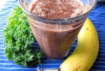 YUM....desserts and smoothies! / by Karen McNeary Walker