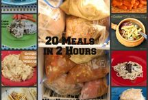 Freezer to Crockpot Meals / by Emily Thornburg