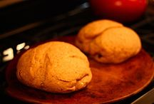 Recipes to Try - Bread / by Amy Dufresne Valenti