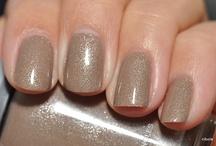 Fingernails & Toenails (my loves) / by Jenny Allison