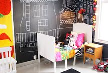 Small kids, big color - Kids Rooms / by Prince Lionheart
