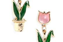 Jewelry Inspirations / by Trisha Flanagan