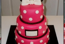 Cake Decorating / by Crystal White