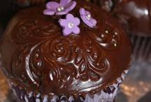 Cupcakes / by Julie Craighero