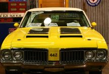 Oldsmobile 442 / Muscle car / by Austin Adams