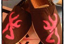 Foot Jewelry (Shoes) / by Hima Rajana