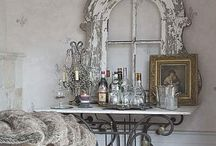 DeLiSh DeCoR~ / by Hanna Coon Terrill