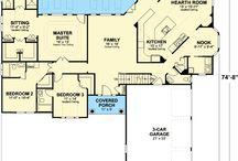 Floor plans / by Fiona Ramos