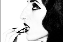 Ugly: Beautiful: Stunning / by Mia Wasilevich