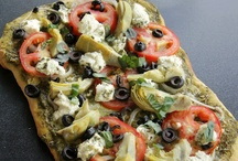 Pizzas / by Tracey Lazzo