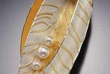 pretty details for style / by Dora Prado