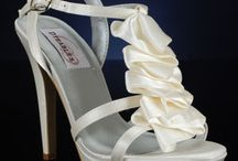 Bride's maids shoes  :) / Pick out some super awesome dyeable shoes!!! / by Renee Reed