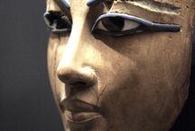 Antiquities et Artifacts / by Jane Escoffier