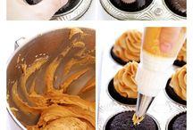 Cupcakes <3 / by CARLITA Saldana