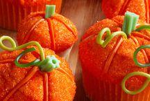 cupcakes / by Nancy Bradford